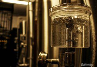 Regulovaný Únik CO2 z kvasnej nádoby – kysličník uhličitý